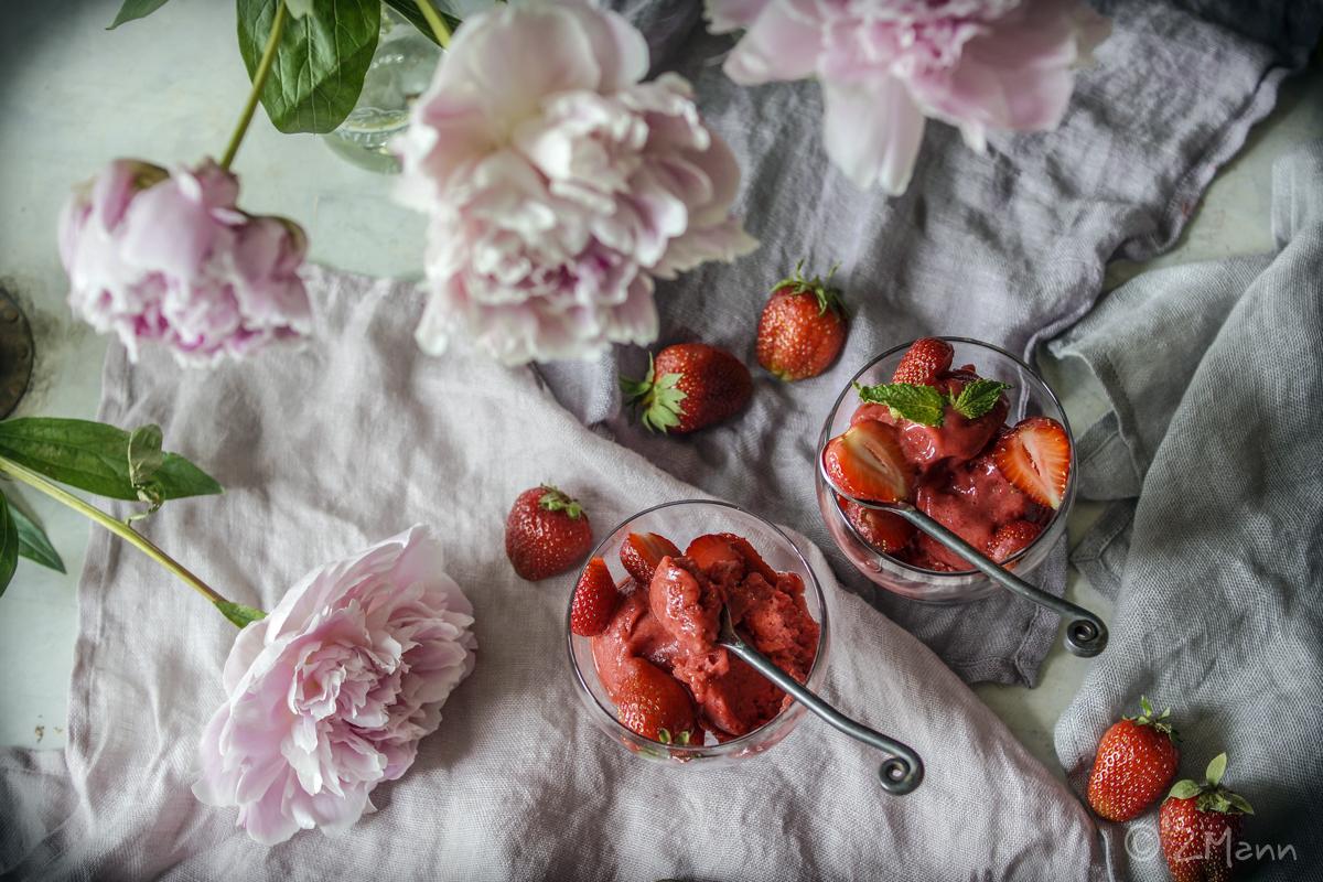 z widokiem na stół   zdrowe lody bez cukru
