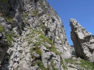 Jaskinia Raptawicka wejście z łańcuchami Tatry