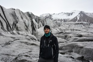 Podejście blisko pod lodowiec Skaftafellsjokull Islandia