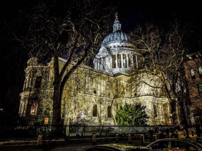 Katedra Św. Pawła nocą Londyn
