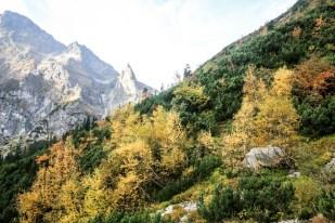 Początek trasy na Szpiglasową Przełęcz