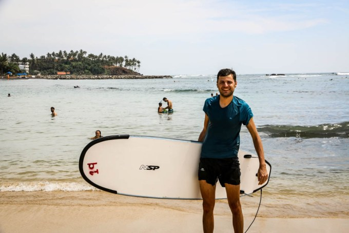 Mirissa lekcja surfingu