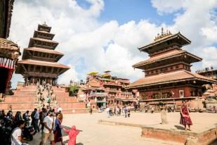 Nepal Bhaktaphur świątynie o wielokondygnacyjnych dachach