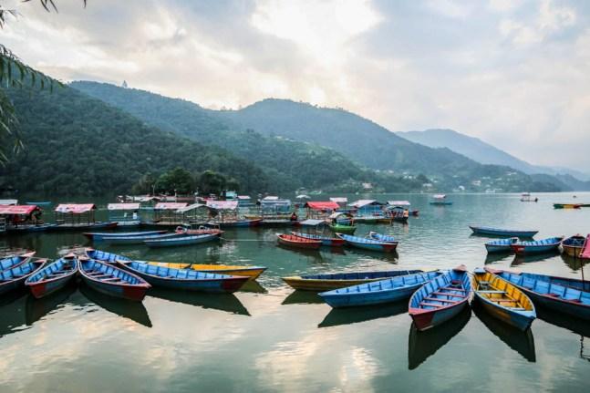 Nepal Pokhara jezioro Phewa Tal