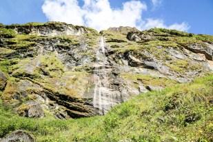 Nepal trekking do ABC wodospady