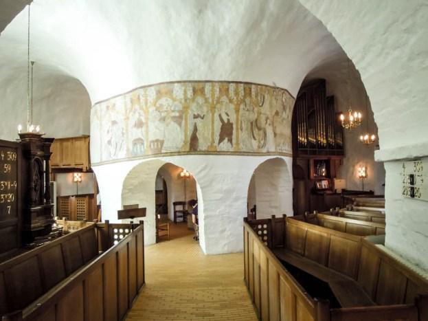 Bornholm kościół rotundowy Osterlars w środku