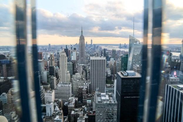 Top of The Rock widoki przez szkło