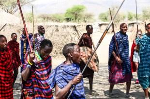 Tanzania wioska Masajow taniec