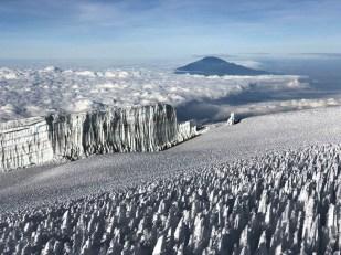 Trekking Kilimandzaro atak szczytowy lodowiec i meru peak