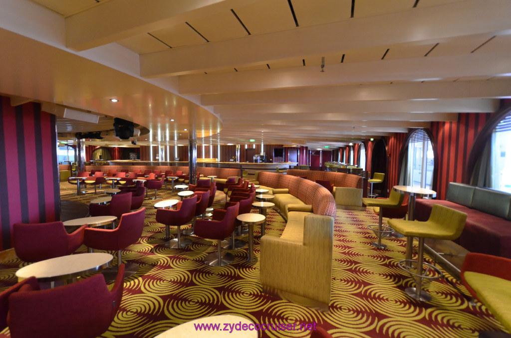 403 Carnival Sunshine Cruise Naples Limelight Lounge