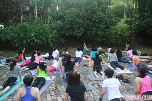 Outdoor yoga in the morning with Jo