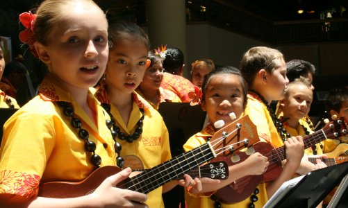 Ke Kula Mele Mother's Day Concert 2012