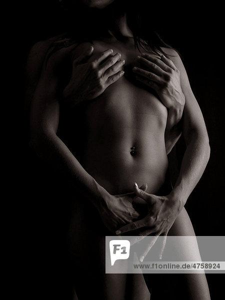 Paar nackt umarmen Krper iblaka01738289  imageBROKER