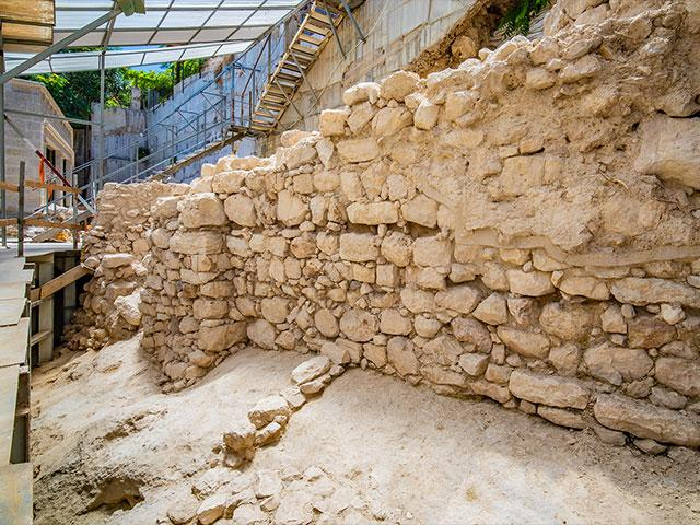 The section of the wall that was exposed. Photo: Koby Harati, City of David