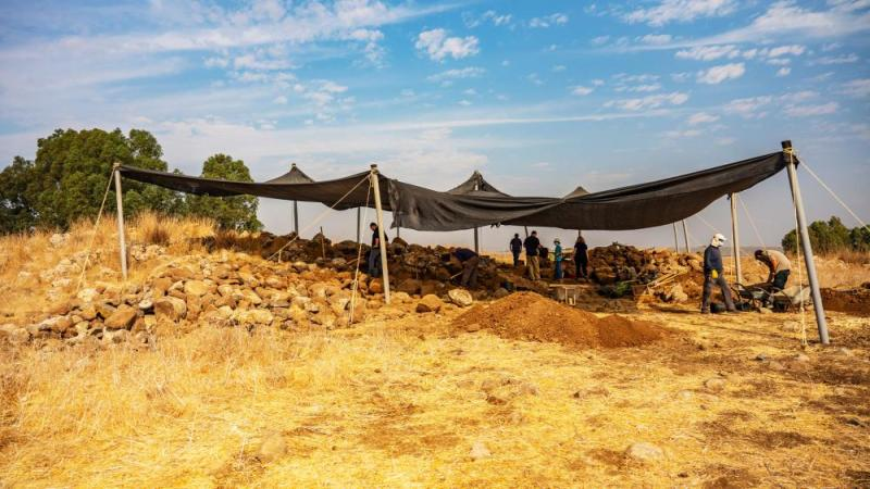 The Israel Antiquities Authority excavation at Hispin. Photograph:Yaniv Berman, Israel Antiquities Authority.