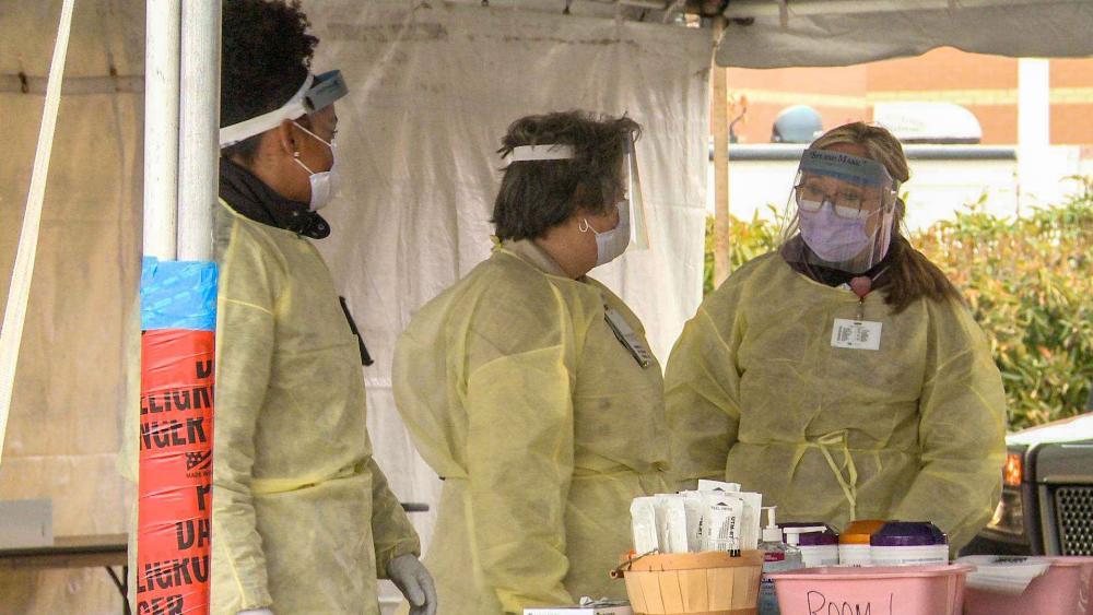 Coronavirus Guidelines: No Gatherings of 10+ People Prompts Beach ...
