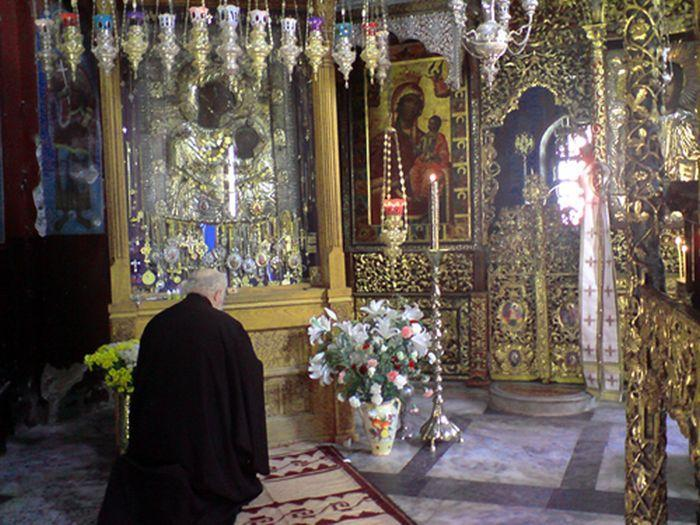 Η θαυματουργή εικόνα που δεν πρέπει ποτέ να βγει έξω από το Άγιον Όρος | orthodoxia.online | Άγιον Όρος | αγιον οροσ | ΑΓΙΟΝ ΟΡΟΣ | orthodoxia.online