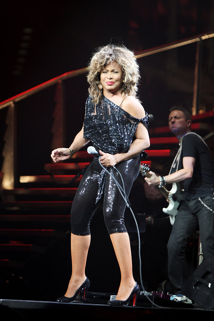 Fall Halloween Wallpaper Tina Turner Photos Photos Tina Turner In Concert Day 1