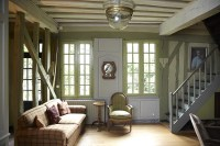 Colonial Living Room Photos, Design, Ideas, Remodel, and