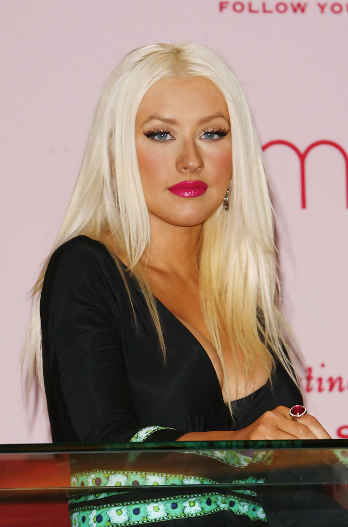 Christina Aguilera Long Straight Cut Christina Aguilera