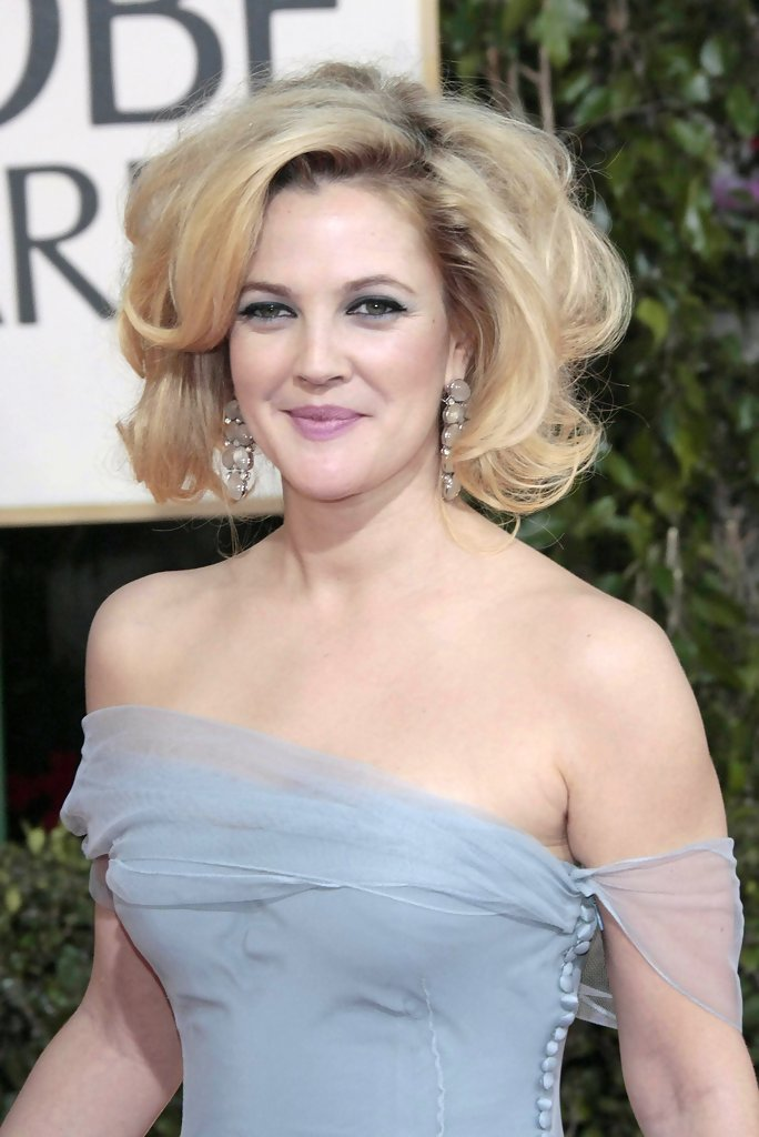 Drew Barrymore Curled Out Bob Curled Out Bob Lookbook