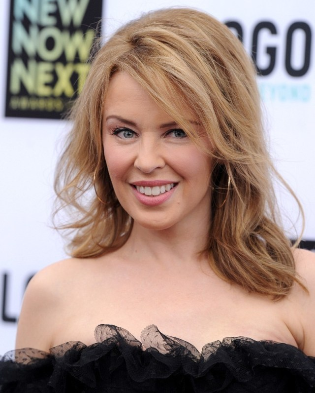 kylie minogue long wavy cut - kylie minogue long hairstyles