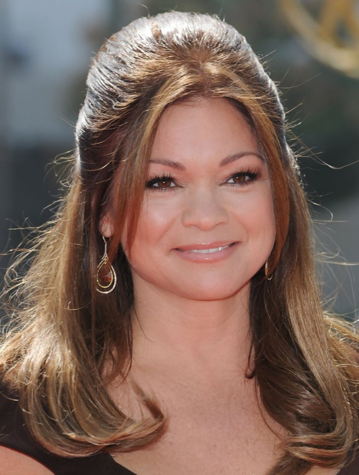 valerie bertinelli half up half down - valerie bertinelli