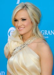 pics of carrie underwood