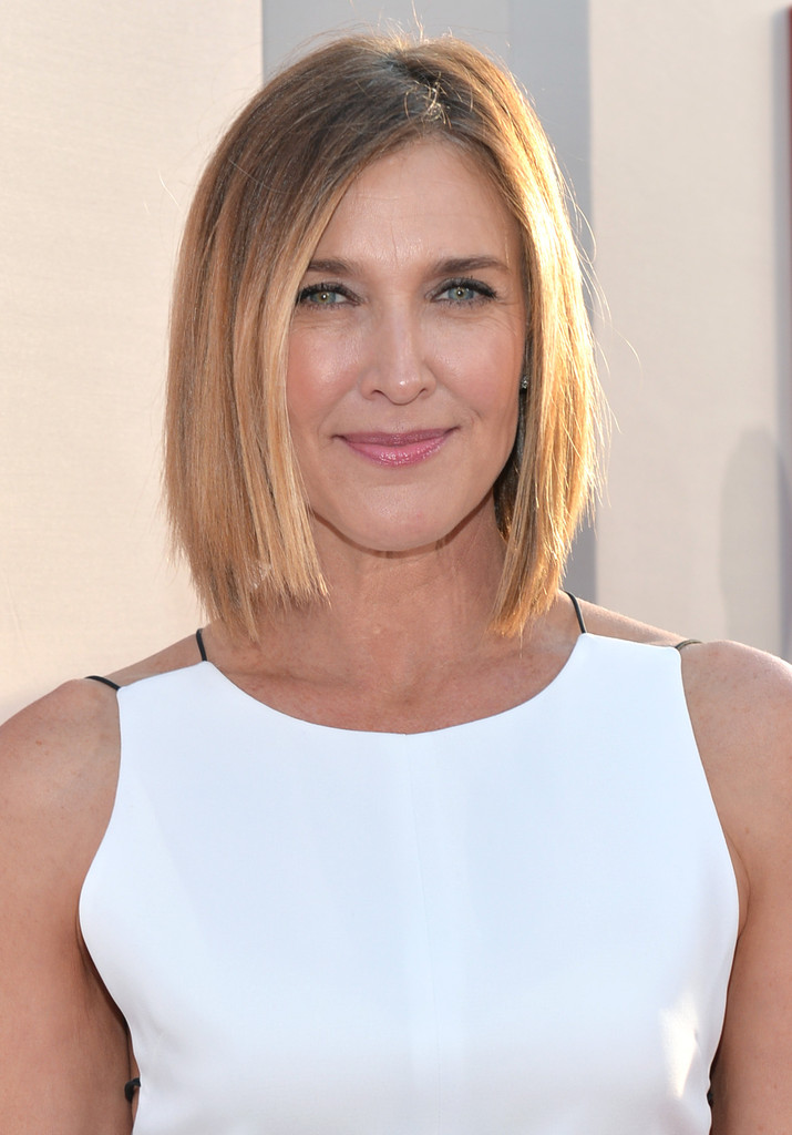 Brenda Strong Hair Looks Stylebistro