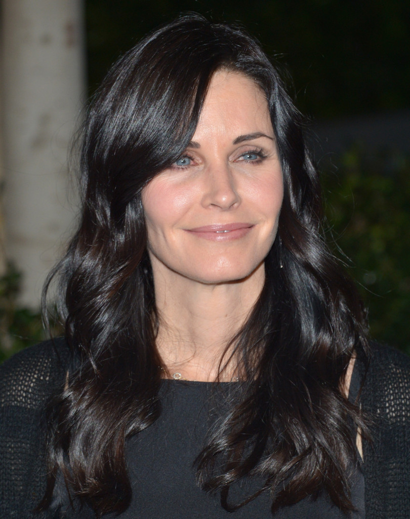 Courteney Cox Nude Lipstick Courteney Cox Makeup Looks