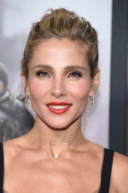 elsa pataky red lipstick - beauty