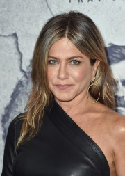 jennifer aniston - stylebistro