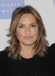 mariska hargitay medium layered