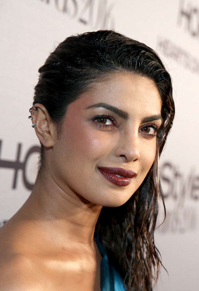 Priyanka Chopra Side Sweep Priyanka Chopra Looks