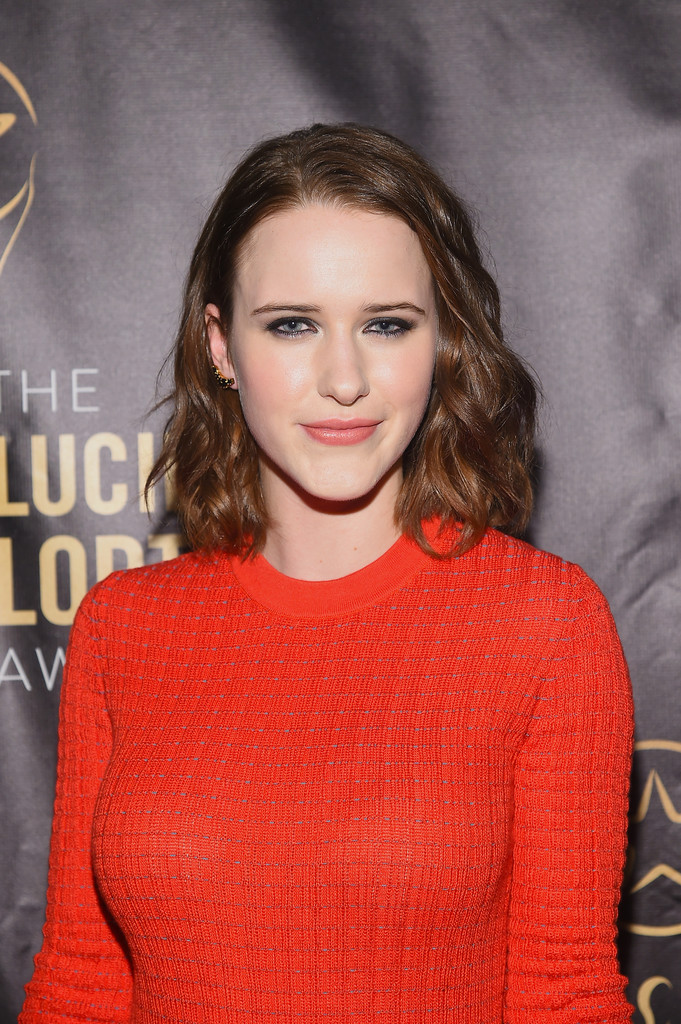 Rachel Brosnahan Medium Wavy Cut Shoulder Length