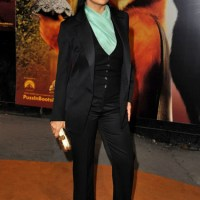 Deciphering Salma Hayek's YSL Look at the 'Puss In Boots' London Premiere + How You Can Dress Like Her (If You Want To)
