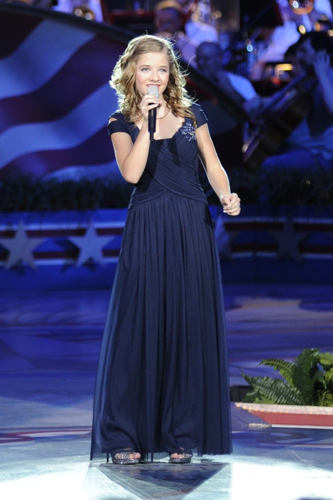 Jackie's concert appearance at The Capitol Fourth 2013 (1/3)