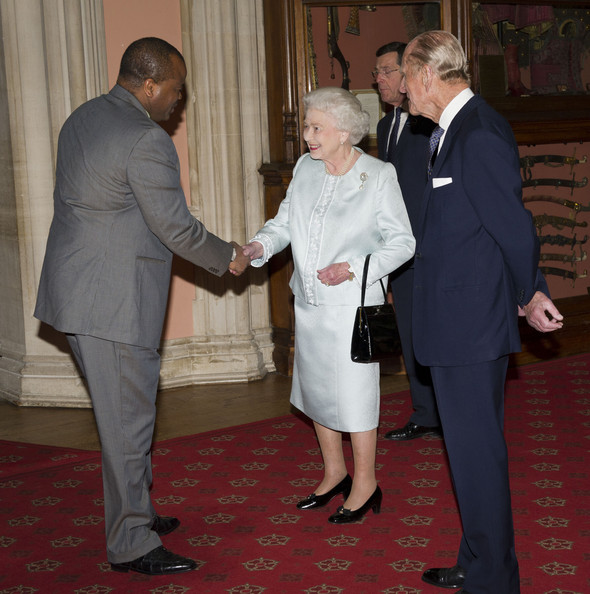 Queen Elizabeth II of the United Kingdom, accompanied by the Duke Of Edinburgh, receives King Mswati III of Swaziland. May 17, 2012 - photo: WPA Pool/Getty Images Europe