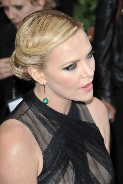 """Charlize Theron stuns on the red carpet at the World Premiere of """"Snow White and the Huntsman"""" held at the Empire Cinema in London."""