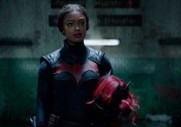 'Batwoman' Team on Creating Connection Between Ryan and Alice, Continuing the Kryptonite Threat in Season 2