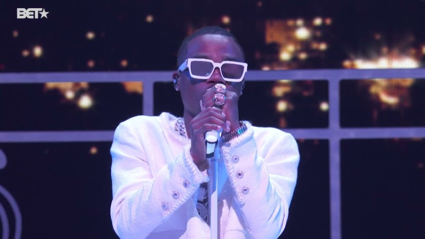 Roddy Ricch - Late At Night (LIVE from BET Awards 2021) mp3 download