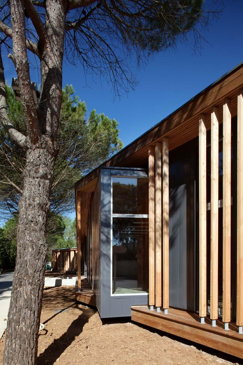 office of technical center in la grande motte france by n b. Black Bedroom Furniture Sets. Home Design Ideas