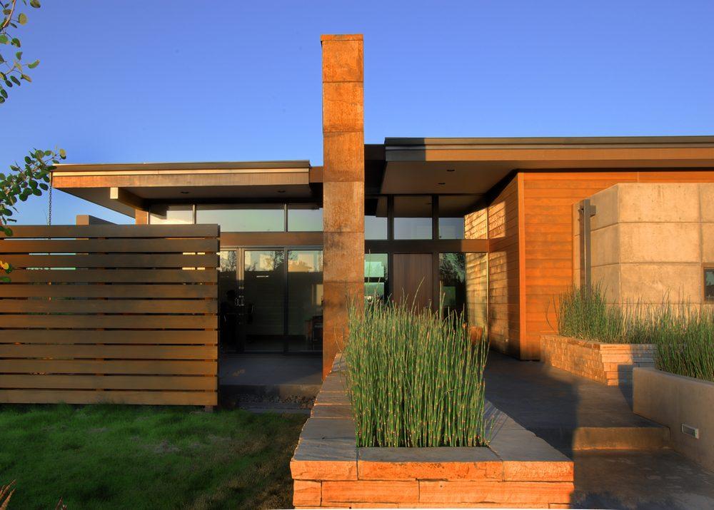 High desert pavilion garren residence in bend oregon by for Casa moderna rustica