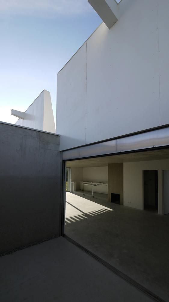 5 6 house in sarzeau france by avignon clouet architectes. Black Bedroom Furniture Sets. Home Design Ideas