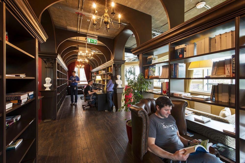 Google office ireland Furniture Aeccafe Google Office Campus In Dublin Ireland By Camenzind Evolution