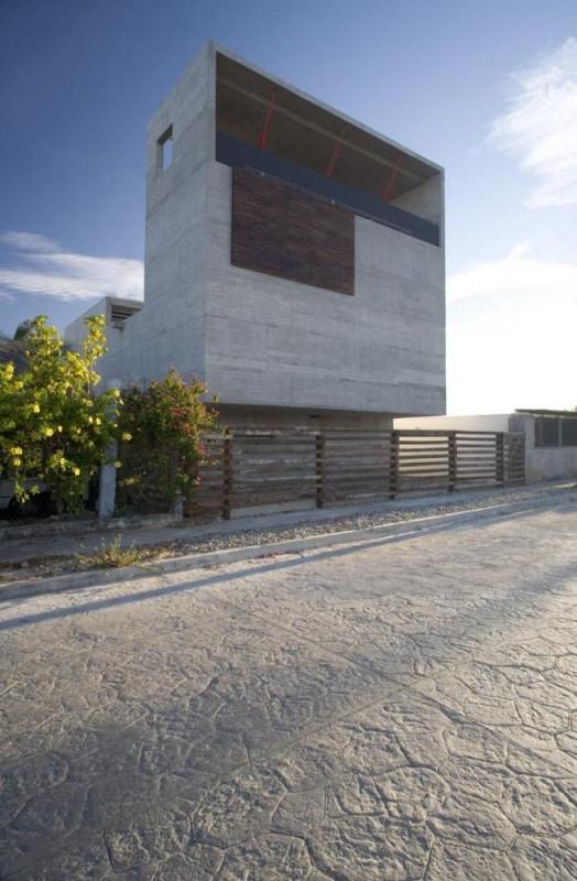 Image Courtesy © Santiago Garcés