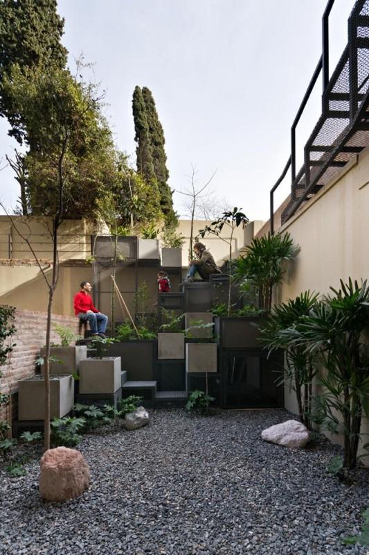 Image Courtesy ©   Albano García