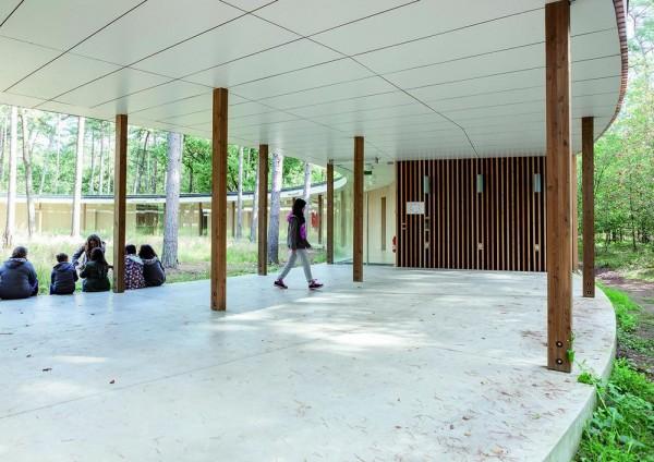 Image Courtesy © Frederik Buyckx, Hostel Wadi, common space