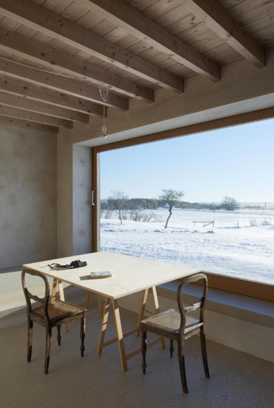 Dining area overlooking the meadow and sea to the south, Image Courtesy © Åke E: son Lindman