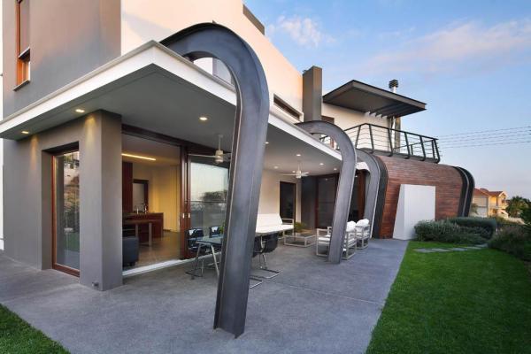 Image Courtesy © Tsikkinis Architecture Studio